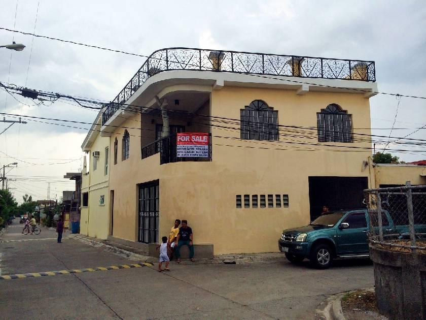House & Lot for Sale in San Lorenzo Village Sta Rosa, Laguna - 0 Sqm