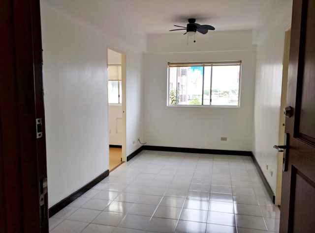 Condo in Unit Building 2, Woodsville Viverde Mansions, Edison Avenue Cor West Service Road, Paranaque City For Sale - Building 2
