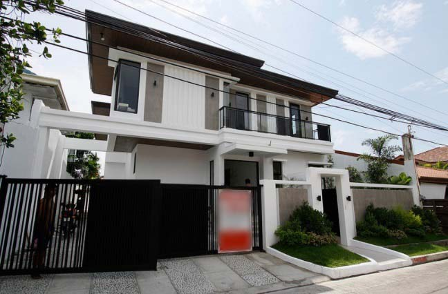 House & Lot for Sale in Tahanan Village Paranaque City - 330 Sqm