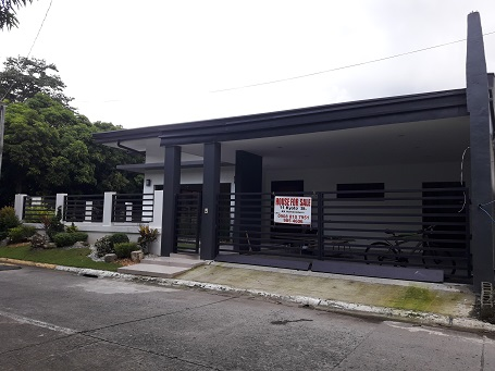 3BR House  in BF Homes, Paranaque City