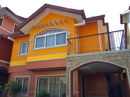 3 Bedroom House in Summerfield Subd Pasig
